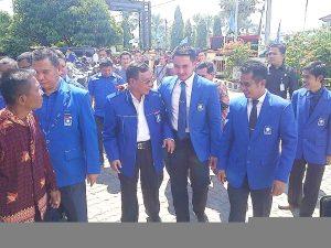 Murasman Mantan Bupati Kerinci Terlihat Menghadiri Pelantikan Pengurus DPC PAN Kerinci