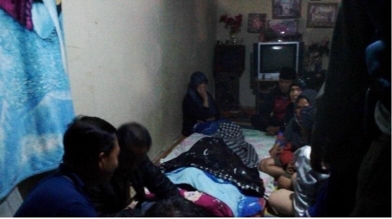 Wakapolres Kerinci Kompol Ahyar SE bersama Kasat Reskrim di TKP Rumah Korban