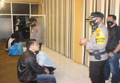 Tempat Karaoke & Hotel Dirazia Polisi