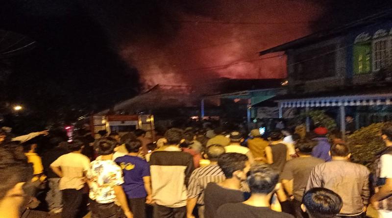 Breaking News: Pondok Tinggi Terbakar