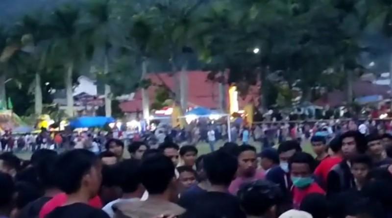 Breaking News! Turnamen Sepak Bola di Lapangan Merdeka Ricuh, Ini Video Penampakan Kericuhan